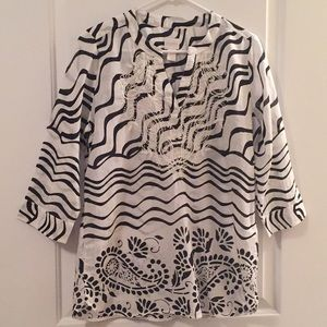 Chico's Tunic Top Embroidered Neck Line Size Small